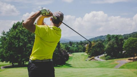 Playing 18 holes of golf can provide a variety of health benefits, say experts.