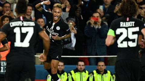 Neymar scored two free kicks to complete a stunning hat-trick as PSG routed Red Star Belgrade 6-1 at the Parc des Princes. The Brazilian, who equaled compatriot Kaka's record of 30 Champions League goals, was joined on the scoresheet by Kylian Mbappe, Angel Di Maria and Edinson Cavani.