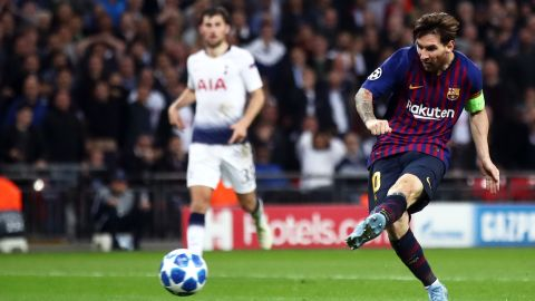 Lionel Messi finished off Tottenham's brave challenge with his side's fourth and his second of the night at Wembley after another clever dummy by Luis Suarez set him up.