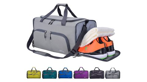 """<strong>FANCYOUT Foldable Sports Gym Bag ($22.99; </strong><a href=""""https://amzn.to/2pVmNAA"""" target=""""_blank"""" target=""""_blank""""><strong>amazon.com</strong></a><strong>)</strong>"""