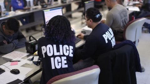 US Immigration and Customs Enforcement (ICE), officers process detained undocumented immigrants on April 11, 2018 at the U.S. Federal Building in lower Manhattan,  (Photo by John Moore/Getty Images)