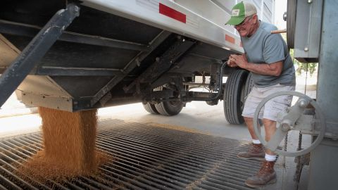 BLACKSTONE, IL - JUNE 13:  Farmer John Duffy unloads soybeans at a Ruff Bros. Grain elevator on June 13, 2018 in Blackstone, Illinois. U.S. soybean futures plunged today with renewed fears that China could hit U.S. soybeans with retaliatory tariffs if the Trump adminstration follows through with threatened tarrifs on Chinese goods.   (Photo by Scott Olson/Getty Images)