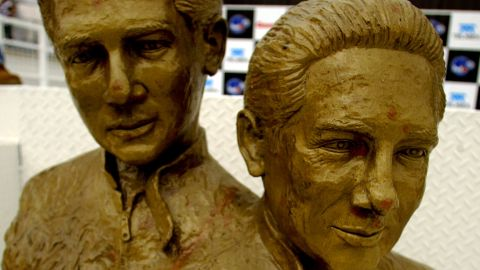 MEXICO CITY - NOVEMBER 15:  Bronze statue of the great Mexican driver brothers Pedro and Ricardo Rodriguez during practice for the Gran Premio Gigante-Telmex, round 19 of the CART (Championship Auto Racing Teams) Fed Ex Championship Series on November 15, 2002  at the Autodromo Hermanos Rodriguez in Mexico City, Mexico .(Photo by Donald Miralle/Getty Images).