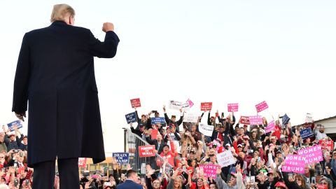 US President Donald Trump arrives to speak during an election rally in Murphysboro, Illinois on October 27, 2018. (Photo by Nicholas Kamm / AFP)        (Photo credit should read NICHOLAS KAMM/AFP/Getty Images)