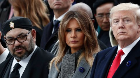 Canadian Prime Minister Justin Trudeau (L), Moroccan King Mohammed VI (2nd L) and his son Crown Prince Hassan Moulay (2nd L), US First Lady Melania Trump (2nd R) and US President Donald Trump (R) attend a ceremony at the Arc de Triomphe in Paris on November 11, 2018 as part of commemorations marking the 100th anniversary of the 11 November 1918 armistice, ending World War I. (Photo by BENOIT TESSIER / POOL / AFP)        (Photo credit should read BENOIT TESSIER/AFP/Getty Images)