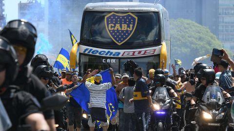 The Boca Juniors team bus leaves the hotel on the way to the Monumental stadium in Buenos Aires on November 24 to play the second leg match before it was attacked by River Plate fans.