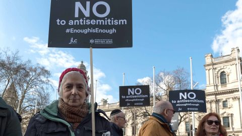 The Jewish Leadership Council and the Board of Deputies of British Jews stage a protest against anti-Semitism in the Labour Party in London in March 2018.