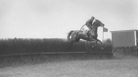 On June 4, 1923, jockey Frank Hayes won Belmont Park's steeplechase on the horse, Sweet Kiss, after suffering a fatal heart attack during the race.