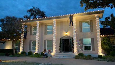holiday decoration panic 911 mh orig_00005603.jpg