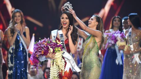 2018 MISS UNIVERSE: Miss Philippines Catriona Gray is crowned 2018 MISS UNIVERSE during the 2018 MISS UNIVERSE competition airing live from Bangkok, Thailand on Sunday, Dec. 16 (7:00-10:00 PM ET live/PT tape-delayed) on FOX. (Photo by FOX via Getty Images)