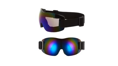 """<strong>La Double 7 mirrored goggles ($32; </strong><a href=""""https://click.linksynergy.com/deeplink?id=Fr/49/7rhGg&mid=1237&u1=1218skigear&murl=https%3A%2F%2Fshop.nordstrom.com%2Fs%2Fla-double-7-mirrored-goggles%2F5132051%3Forigin%3Dkeywordsearch-personalizedsort%26breadcrumb%3DHome%252FAll%2520Results%26color%3Dblack%252F%2520purple"""" target=""""_blank"""" target=""""_blank""""><strong>nordstrom.com</strong></a><strong>)</strong>"""