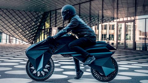 No, this isn't a scene out of a sci-fi movie ... it's the world's first fully 3D-printed, and functioning, electric motorbike.