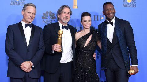 'Green Book' winners (L-R) Viggo Mortensen, Peter Farrelly, Linda Cardellini, and Mahershala Ali pose in the press room during the 76th Annual Golden Globe Awards