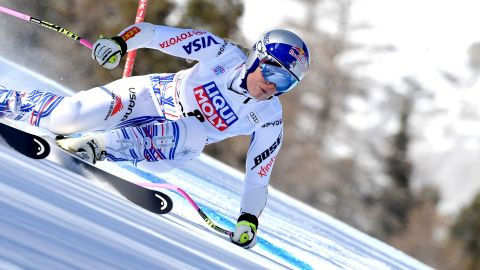 However, a knee injury from a training crash in November meant she couldn't start her season until January. On her debut in Cortina d'Ampezzo, Italy, she was still struggling with knee pain.