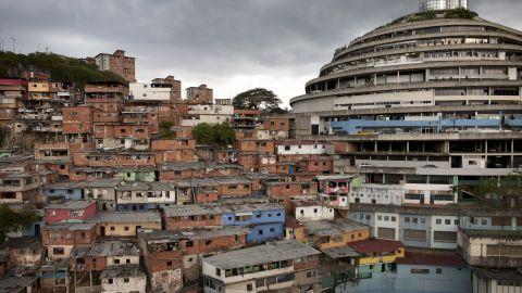 venezuela nő search)