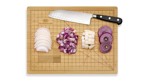 """<strong>The Obsessive Chef Bamboo Cutting Board ($27; </strong><a href=""""https://amzn.to/2FYDvsN"""" target=""""_blank"""" target=""""_blank""""><strong>amazon.com</strong></a><strong>) </strong>"""
