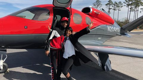 21 Savage appears with his mother after his release from a Georgia immigration detention center in February.