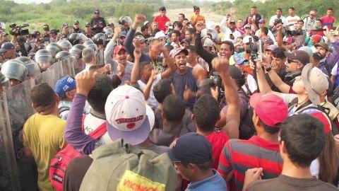 Venezuela Colombia Aid protest Nick Paton Walsh PKG_00002527.jpg