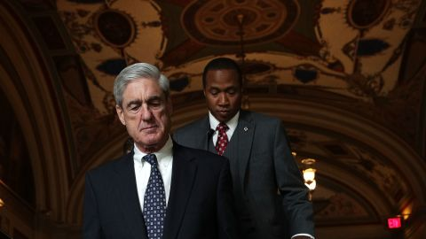 JUNE 21:  Special counsel Robert Mueller (L) arrives at the U.S. Capitol for closed meeting with members of the Senate Judiciary Committee June 21, 2017 in Washington, DC. The committee meets with Mueller to discuss the firing of former FBI Director James Comey.  (Photo by Alex Wong/Getty Images)