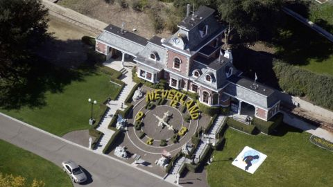 LOS OLIVOS, CA - NOVEMBER 18: Michael Jackson's Neverland Ranch is shown November 18, 2003 outside of Santa Barbara, California. Police armed with a search warrant swarmed Jackson's sprawling home in the Santa Ynez Valley. One media report said the warrant was tied to allegations brought by a 12-year-old boy. (Photo by Frazer Harrison/Getty Images)