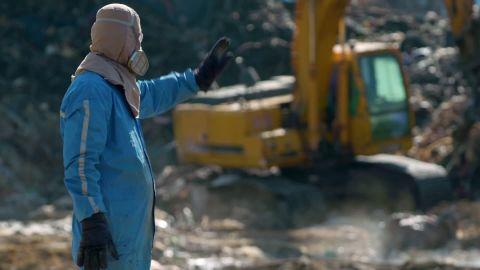 south korea garbage mountain pkg hancocks vpx _00011527.jpg