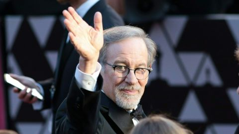 TOPSHOT - Director Steven Spielberg arrives for the 90th Annual Academy Awards on March 4, 2018, in Hollywood, California.  / AFP PHOTO / Kyle GRILLOT        (Photo credit should read KYLE GRILLOT/AFP/Getty Images)