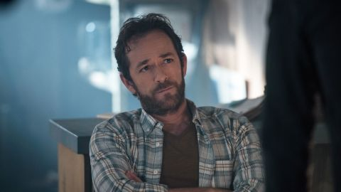 """Luke Perry played Fred Andrews in CW's """"Riverdale."""""""