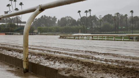 The dirt track at Santa Anita Park.