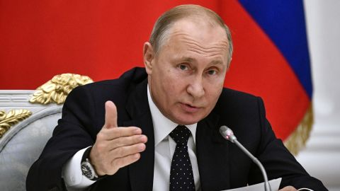Russian President Vladimir Putin has approved the law which will take effect in November, state news agency RIA-Novosti reported.