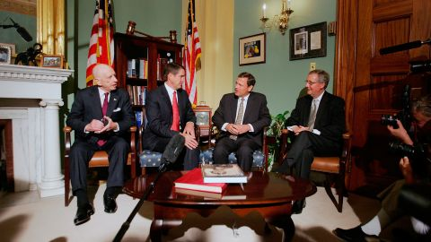 Roberts, third from left, meets with US senators in Washington a day after he was nominated by Bush. With Roberts, from left, are Sens. Arlen Specter, Bill Frist and Mitch McConnell.
