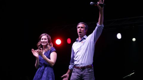"""US Senate candidate Rep. Beto O'Rourke and his wife,  Amy Sanders, say goodbye to supporters at a """"thank you"""" party on Election Day 2018 in El Paso, Texas, after O'Rourke lost to incumbent Sen. Ted Cruz"""