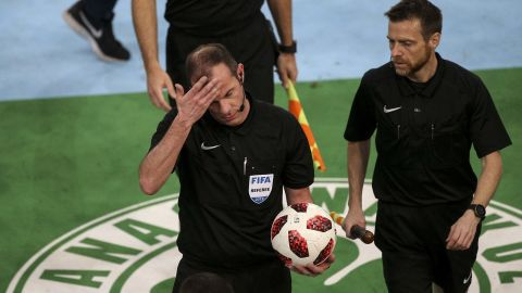 German referee Marco Fritz was appointed to the game after it was decided in 2018 that Greece would import foreign officials to oversee potentially controversial derbies as part of an effort to clamp down on such incidents.