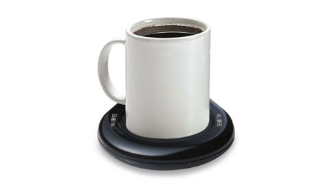 """<strong>An electric coaster that will keep your coffee or tea warm all day long</strong> Mr. Coffee Mug Warmer ($10.99; <a href=""""http://www.anrdoezrs.net/links/8314883/type/dlg/sid/032250under15/https://www.bedbathandbeyond.com/store/product/mr-coffee-reg-mug-warmer/1017912933?skuId=17912933&&mrkgcl=609&mrkgadid=3252627260&rkg_id=0&enginename=google&mcid=PS_googlepla_nonbrand_dining_local&product_id=17912933&adtype=pla&product_channel=local&adpos=1o1&creative=231592352345&device=c&matchtype=&network=g&gclid=EAIaIQobChMI39H_2ouP4QIVFFYNCh0kZgdVEAQYASABEgKPIPD_BwE&gclsrc=aw.ds"""" target=""""_blank"""" target=""""_blank"""">bedbathandbeyond.com</a>)"""