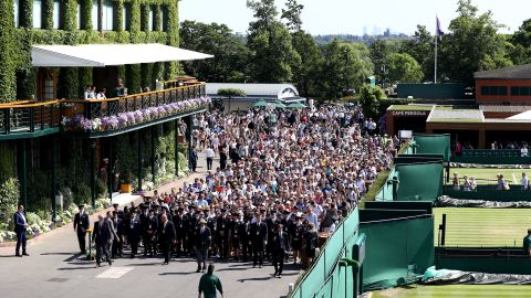 2,520 of the 15,000 seats that make up WImbledon's Centre Court are allocated to debenture-holders.