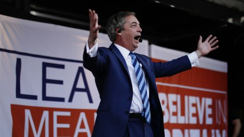 LONDON, ENGLAND - MARCH 29: Nigel Farage addresses Pro Brexit demonstrators in central London on March 29, 2019 in London, England. Today pro-Brexit supporters including the March To Leave joined together to protest at the delay to Brexit on the very day the UK and Northern Ireland should have left the European Union.  Former UKIP leader Nigel Farage addressed the crowd along with Members of the European Parliament and other high profile Brexiteers. At the same time MPs voted against the Prime Minister's Brexit deal for the third time. (Photo by Dan Kitwood/Getty Images)
