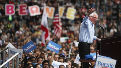 2020 Democratic presidential candidate U.S. Sen. Bernie Sanders (I-VT), R, speaks at a campaign rally in Grand Park on March 23, 2019 in Los Angeles, California.  (Mario Tama/Getty Images)