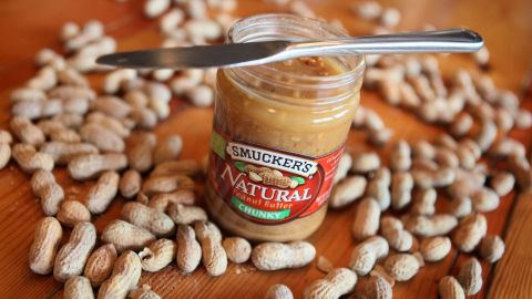 Groundnuts: It takes 2,780 liters of water to grow one kg of groundnuts. 89% of its water footprint is green and 5% is blue.