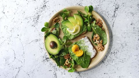 It takes an average 2,000 liters of water, 10 full bathtubs, to grow just one kg of avocados.