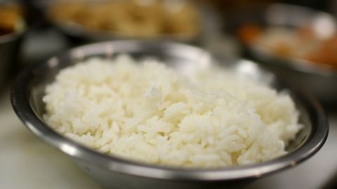 Rice uses 1,670 liters of water, eight full bathtubs, per kilogram.