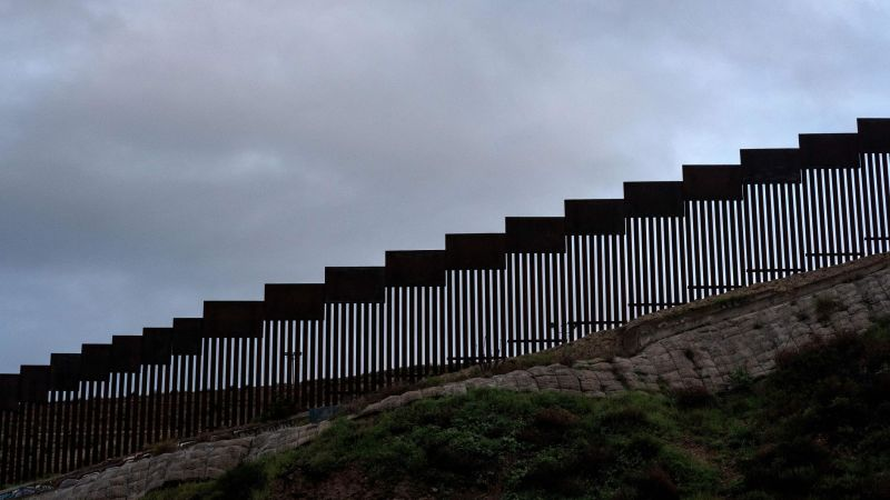 Contracts in question could stall some construction of Trump's border wall | CNN Politics