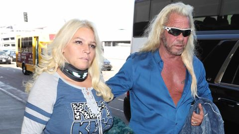 Dog the Bounty Hunter and Beth Chapman at the Los Angeles International Airport on September 28, 2017.