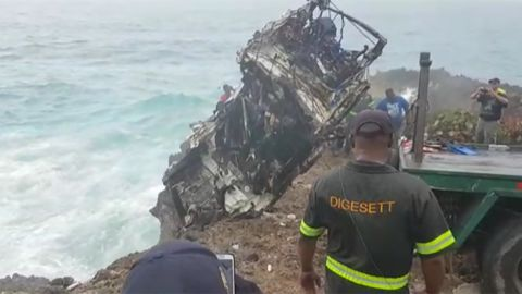 Dominican Republic authorities have extracted a car from tthe area where American tourists went missing.
