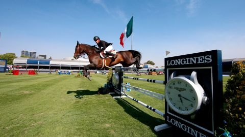 Guery's stallion was given to him by his best friend two months before the event but they gelled to win a 12-horse jump-off.