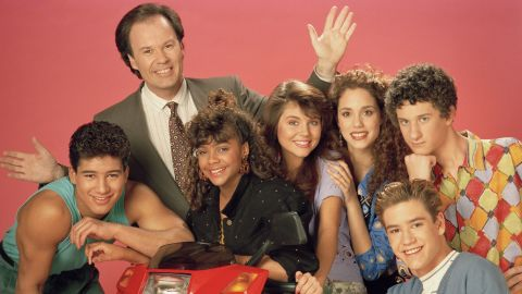The cast of 'Saved By the Bell' pose for a photo promoting the second season of their show.