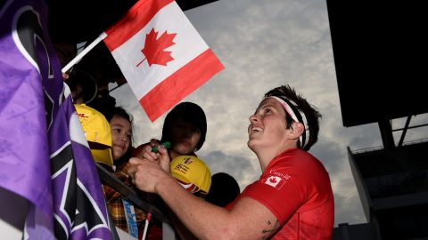 A last-gasp try saw Canada defeat England 7-5 to win its first title of the season in Japan. It was also the first time ever that neither Australia and New Zealand featured in the final four of a World Rugby Sevens Series tournament. The Black Ferns fell to the USA, while Australia was beaten by England.