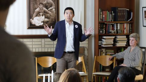 Yang meets with local Democrats in Sioux City, Iowa, in February 2019.