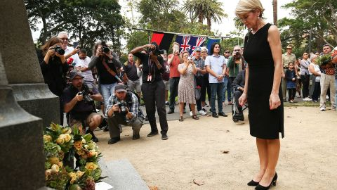 Australian Minister for Foreign Affairs, Julie Bishop lays a wreath at the Redfern Park World War Memorial on April 25, 2018 in Sydney, Australia.