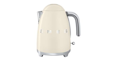 """<strong>Smeg 50's Retro Style Aesthetic Electric Kettle with Embossed Logo ($149.95; </strong><a href=""""https://amzn.to/2L6I4oe"""" target=""""_blank"""" target=""""_blank""""><strong>amazon.com</strong></a><strong>)</strong>"""