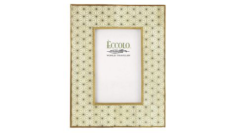 """<strong>Eccolo Naturals Celestial 5 x 7-Inch Photo Frame ($32.99; </strong><a href=""""https://amzn.to/2ZLvuhq"""" target=""""_blank"""" target=""""_blank""""><strong>amazon.com</strong></a><strong>)</strong><br />A gorgeous picture frame for mom to fill with her favorite photos and memories<br />"""