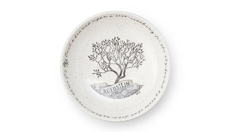 """Personalized Family Tree Serving Bowl ($150; <a href=""""https://www.uncommongoods.com/product/personalized-family-tree-serving-bowl"""" target=""""_blank"""" target=""""_blank"""">uncommongoods.com</a>)"""